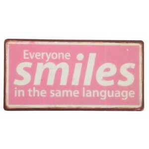 2110000036034_4409_1_ib_laursen_magnet_everyone_smiles_in_the_same_language_6e4a4a86.jpg