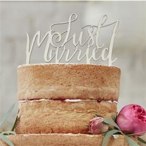 CAKE TOPPER HOLZ JUST MARRIED